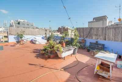 Пентхаус с большой террасой в самом центре Барселоны